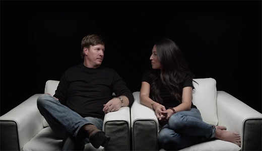 10-18-16_chip-and-joanna-gaines_i-am-second